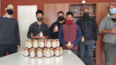 Photo of Conhello: envasaron los primeros 300 frascos de ajíes producidos en el Polo Hortícola