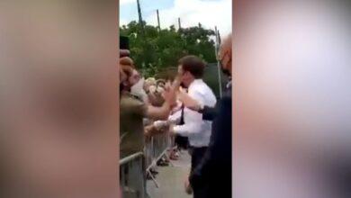 Photo of Un hombre le pegó una cachetada al presidente francés Emmanuel Macron